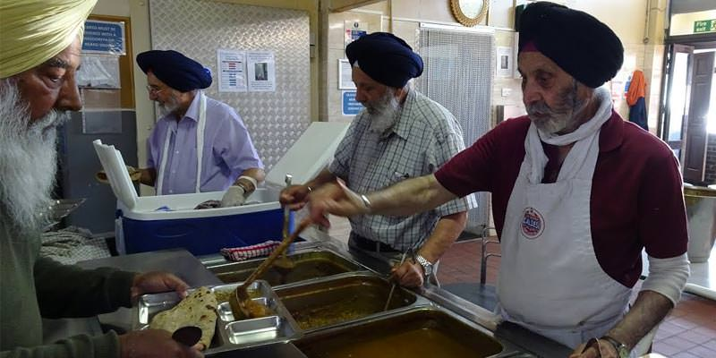 PM and Starmer among others thank Sikhs for Langar (food) at 14th Vaisakhi at Westminster